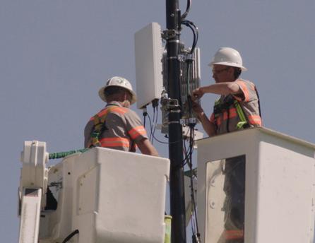Installing 5G antenna